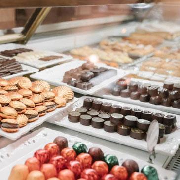 Salon de chocolat et de pâtisserie